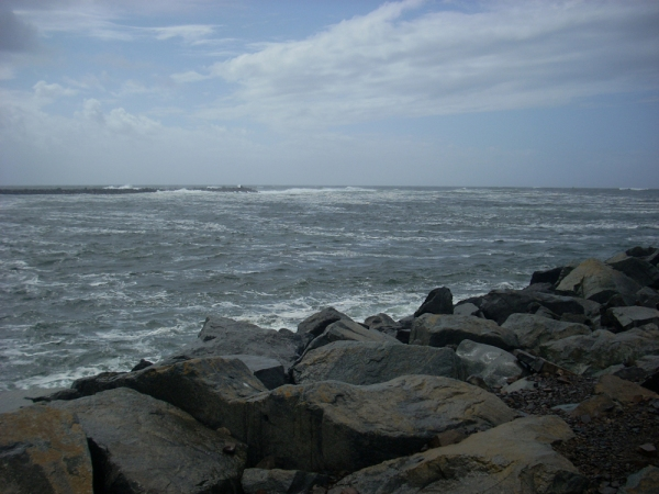 A view toward the ocean at Barview Jetty Park